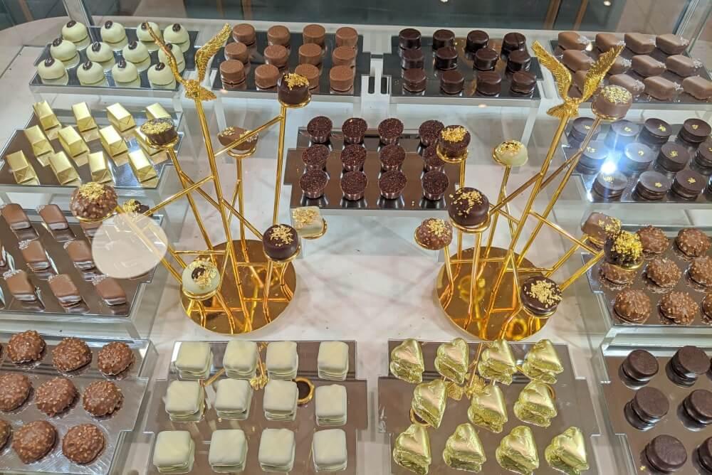 チョコレート エミレーツパレスホテル(アブダビ)のお土産