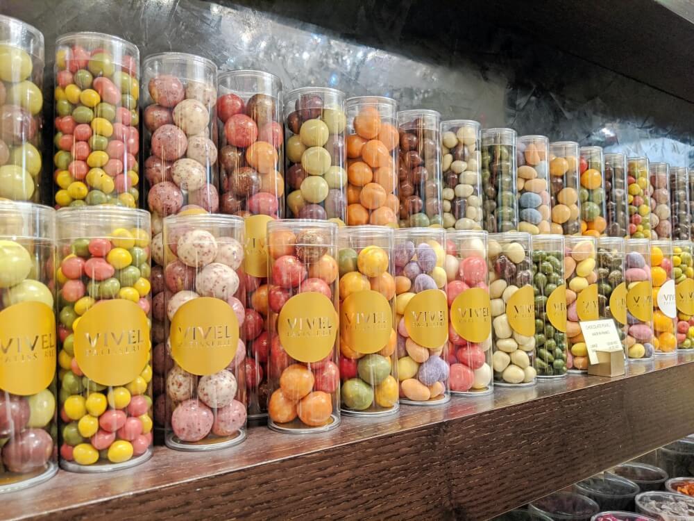 チョコレート・お菓子/VIVEL ドバイモールのお土産