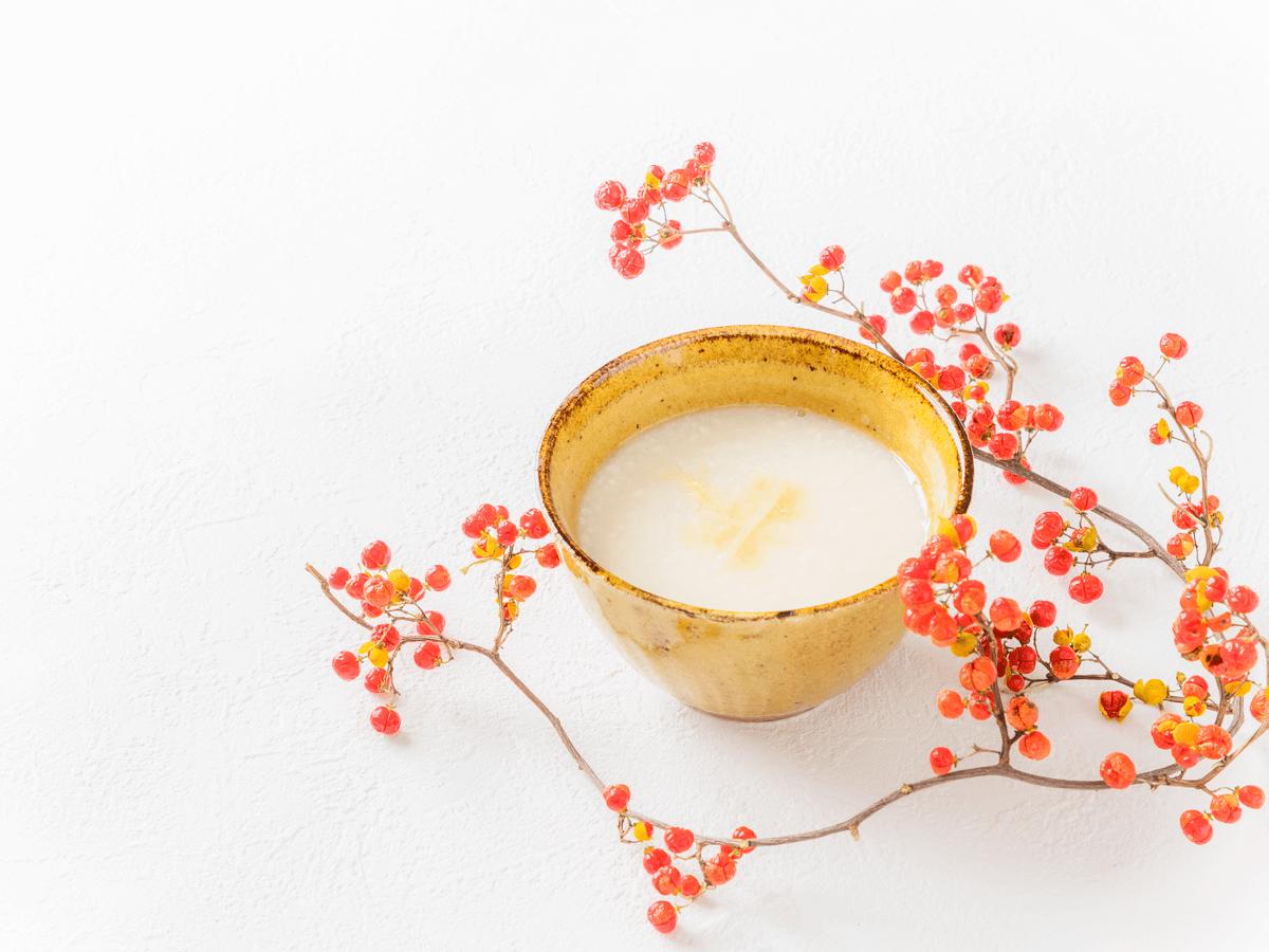 『酒粕甘酒』のもつ美容・健康効果は「麹甘酒」を超える?!