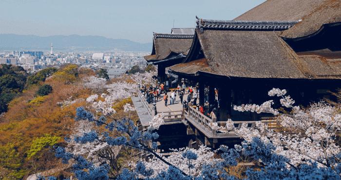 京都の人気観光地「清水寺」
