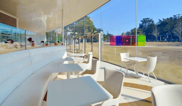 石川県金沢市の金沢21世紀美術館